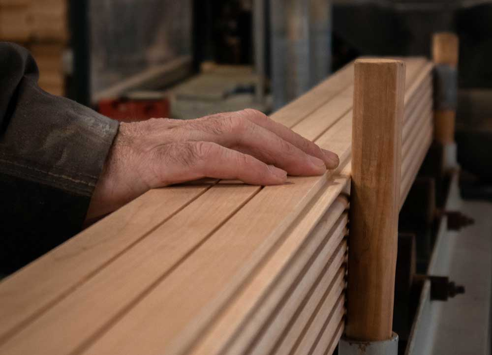We produce high-quality sauna bench boards, panels and strips.