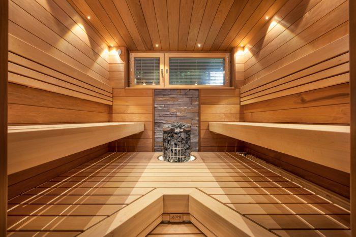 Tervaleppä on kestävä materiaali saunaan. Lumiretro.