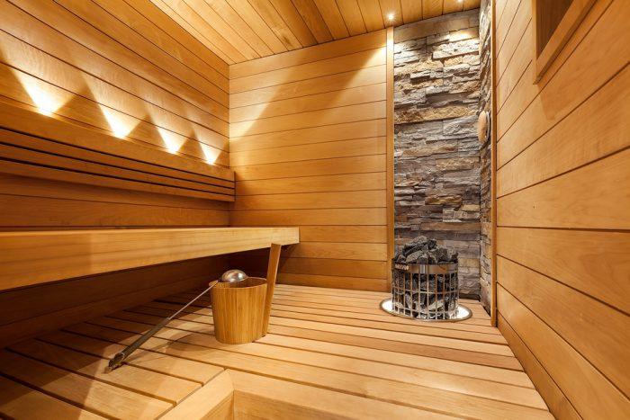 Lämpökäsitelty haapa kestää hyvin saunassa ja kylpyhuoneessa. Lumiretro lämpöhaapa.